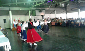 Actuación del grupo de baile 'Los Herreros'.
