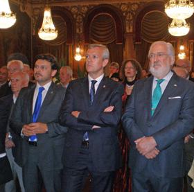 Rodríguez Miranda, Alfonso Rueda y el embajador Estanislao de Grandes en el acto.