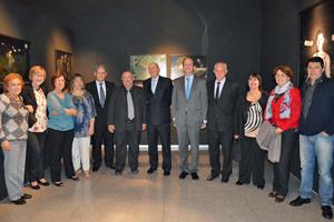 El cónsul Manuel Fairén, en el centro, junto a directivos de las entidades españolas del interior del país.