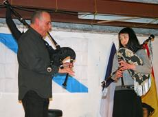 Antón Varela y la alumna japonesa que acudió al curso.