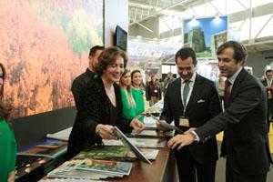 La consejera de Cultura y Turismo, Mª Josefa García Cirac, en la feria Intur 2015.