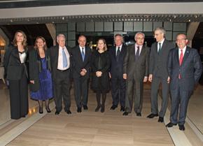 En el centro la ministra de Fomento, Ana Pastor, y a su izquierda el galardonado, Clemente González Soler, el director de la Delegación de la Xunta de Galicia en Madrid/Casa de Galicia, José Ramón Ónega, y el conselleiro Francisco Conde.