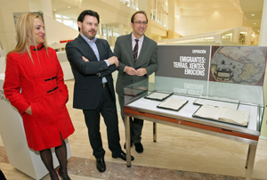 Marina García Pita, Antonio Rodríguez Miranda y Anxo Lorenzo en la inauguración de la exposición.