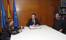 Begoña Serrano, Guillermo Martínez y Fernándo Méjica.