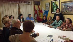 Pedro Rodríguez, al fondo a la derecha, presidió las reuniones de trabajo.