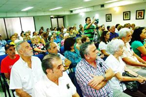 Más de un centenar de asociados, directivos e invitados participaron en la presentación.