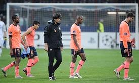 Los jugadores del Barça al terminar el partido ante el Inter.