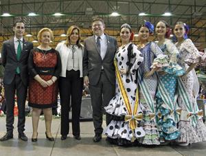 Purificación Torres, segunda izquierda, Susana Díaz y Ximo Puig durante la celebración del Día de Andalucía en la Comunidad Valenciana.