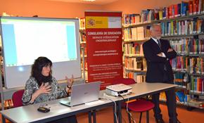 Cristina Rubín y José Luis Mira durante la reunión.