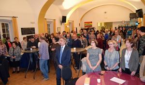 Los asistentes al acto en la Peña Andaluza.