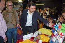 El secretario da Emigración, Antonio Rodríguez Miranda, y a su derecha el alcalde de Ourense, Jesús Vázquez Abad.