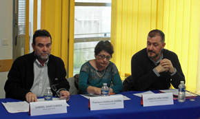 Gabriel Gasó, la secretaria de la Faceef, Francisca Candelas, que ejerció de moderadora, e Ignacio Niño.