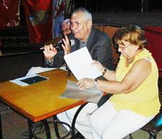 Raúl Parrado se dirige a los asistentes.