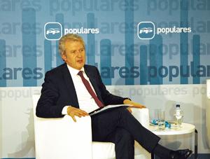Emilio del Río en un acto del PP Exterior.