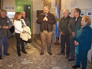 Intervención del cónsul Carlos Tercero en la inauguración de la muestra.