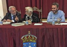 Miguel Santalices, Basilio Losada y Manoel Carrete en el acto.