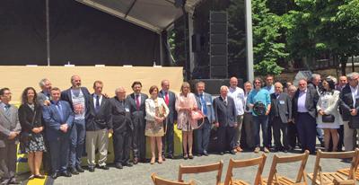 Autoridades y directivos de los centros gallegos que participaron en el evento.
