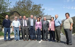 Durante la visita a la localidad de Tingas.