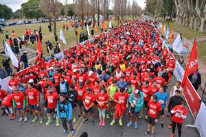 Los competidores, segundos antes del comienzo de la maratón.