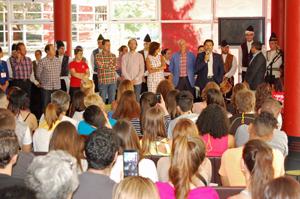 Rodríguez Miranda se dirige a los participantes en la edición 2016 del programa 'Escolas Abertas' en el acto de inauguración celebrado en Ourense el 15 de julio.