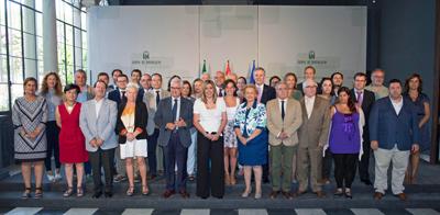 Susana Díaz con los miembros del Consejo de Comunidades Andaluzas.