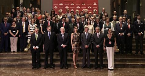 La Reina con los directores de centros del Instituto Cervantes.