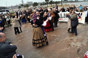 Bailes en la Plaza de Galicia.