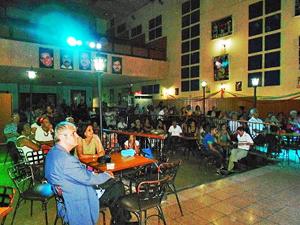 Raúl Parrado y María Antonia Rabanillo presidieron los festejos por el 102° aniversario.