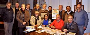 Miembros del comité organizador y delegados de los clubes participantes.