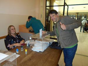 Los votantes acudieron con mucha ilusión al Consulado de Buenos Aires.