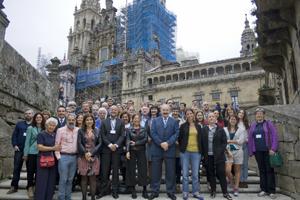 Los participantes en la Conferencia de la AEMI.