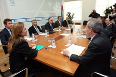 Reunión de Fernández Currás con las cajas y el Banco de España.