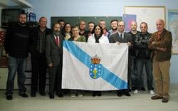 Representantes de las 20 entidades gallegas en Suiza que firmaron la carta dirigida al presidente de la Xunta.
