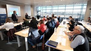 Un momento del taller ofrecido a las bodegas interesadas  en vender en Alemania.