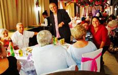 El presidente de la entidad, Raúl Parrado, saludó a todos los participantes.
