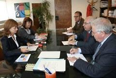 Vicente Álvarez Areces en la reunión con Cristina Narbona.