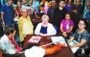 Imagen de la asamblea de socios de 'Hijos de La Estrada' en La Habana.