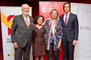 De Grandes Pascual, Ruiz Carnicero, Velásquez y De Pineda durante la inauguración de la muestra.