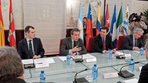 El vicepresidente de la Junta y consejero de la Presidencia, José Antonio de Santiago-Juárez, presidió la reunión.