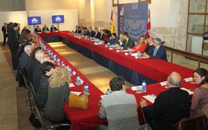 Reunión de la Mesa y la Junta de Portavoces de las Cortes de Castilla y León celebrada en Palencia.