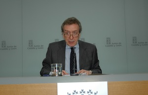 José Antonio de Santiago-Juárez en la rueda de prensa posterior a la reunión.