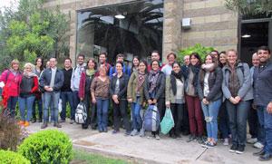 Alumnos de la UBA junto a directivos de la institución mallorquina.