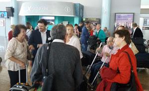 Llegada de los participantes en 'Reencontros na Terra'.