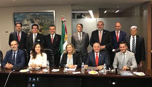 La consejera Pilar del Olmo con directivos de las asociaciones empresariales de México.