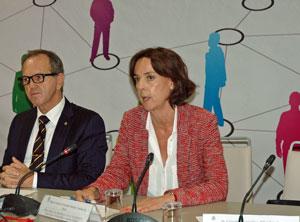 María Victoria González-Bueno acudió a la última sesión plenaria del Consejo General de la Ciudadanía Española en el Exterior que se celebró en Madrid a finales del pasado mes de junio.