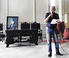 Manuel Álvarez leyó el poema 'A alma máis galega de Cuba'.