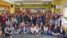 Los alumnos que realizaron el libro.