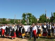 Sant Boi acogió la procesión de los peraledenses.