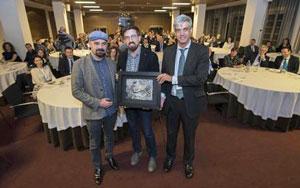El artista Marcos Tamargo, Bruno Sánchez-Andrade y Carlos García-Mauriño.