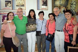 El presidente de la Asociación Tuy Salceda de Buenos Aires, el titular de la Asociación Tuy Salceda de Buenos Aires, Horacio Saltarelli, segundo derecha, con otros miembros de la entidad.